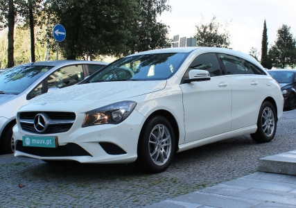 Mercedes-Benz CLA 180D SHOOTING BRAKE