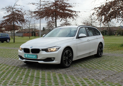 BMW 316d Touring Luxury Line